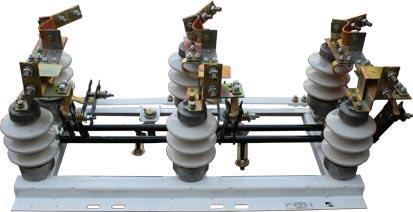 Разъединитель типа РЛНД на напряжение 10 и 20 кВ